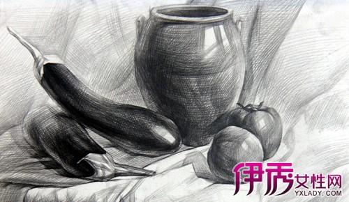 素描是一切绘画的基础,这是研究绘画艺术所必须经过的一个阶段.