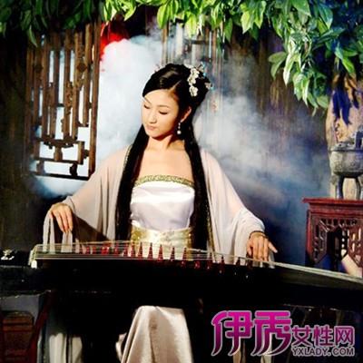 【图】古代美女弹古筝图片欣赏 8种弹奏技巧你记住了没