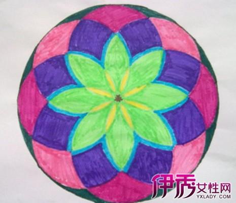用圆规画出简单图案展示 3个步骤教你如何设计圆形图案