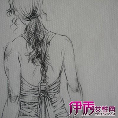 铅笔画古风美女背影_绘画分享
