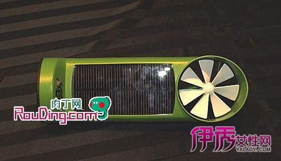 通过太阳能电池板和风力转轮,将这两种能源转化为电能,为你的手机和