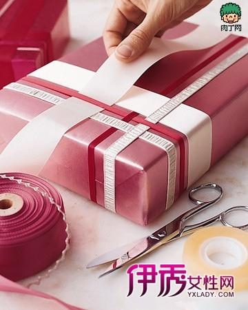 礼品盒的包装方法,礼品盒彩带包装作品欣赏