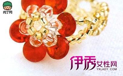 串珠红花瓣戒指diy图解戒指串珠编法