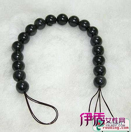 水晶手链穿绳打结的方法