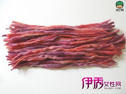 手工编织毛线工艺品 -简单漂亮的毛线花的制作