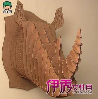 高格调的纸板动物装饰品