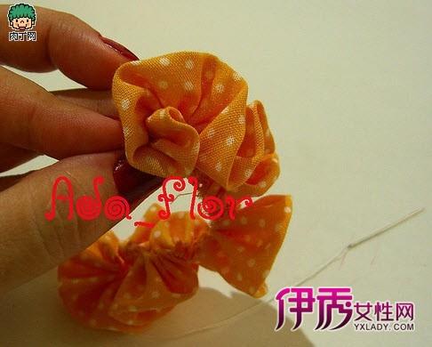 大红花的手工折纸制作展示