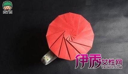 手工制作实用的折纸杯盖