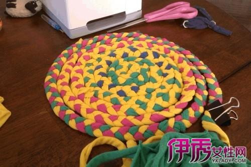 【图】旧衣服手工地毯作品欣赏