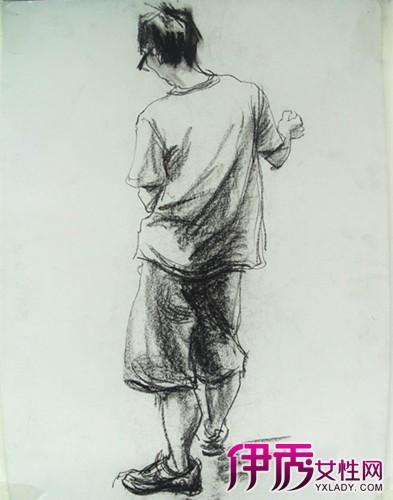 背影男生 西服 手绘 铅笔画