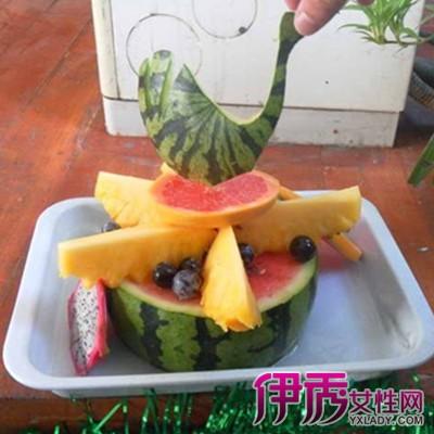 鹅的做法 以及花式水果拼盘雕刻