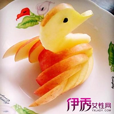 好吃好看有营养苹果天鹅的做法 以及花式水果拼盘雕刻