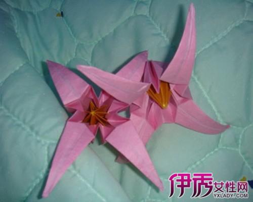 简单的纸折花折纸教程总能够受到大家的喜欢