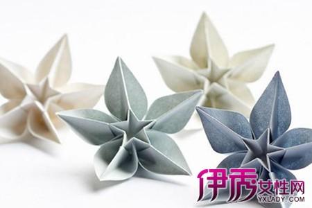 在花上右边折翼蝴蝶-纸折花作不但具有极强的工艺观赏性,同时对于折纸花手工爱好者的制图片