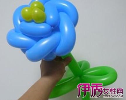 盘点气球玫瑰花造型教程图解 2种简易方法教你上手