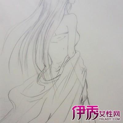 【图】女孩背影铅笔画图片欣赏 揭秘铅笔画的艺术价值