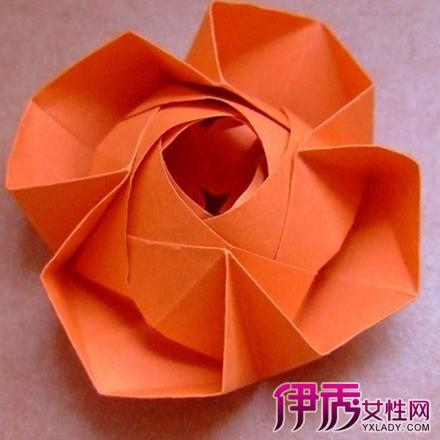【图】最简单的折花方法怎么做呢