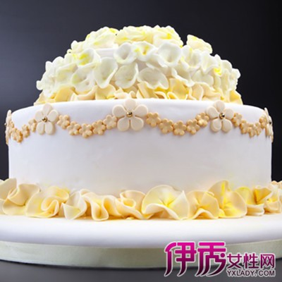 可爱男娃娃蛋糕图片