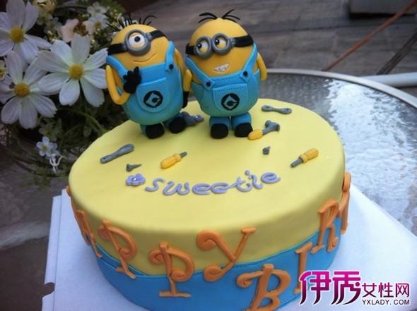 【图】卡哇伊翻糖儿童蛋糕卡通图案 萌翻你的迷你小黄人