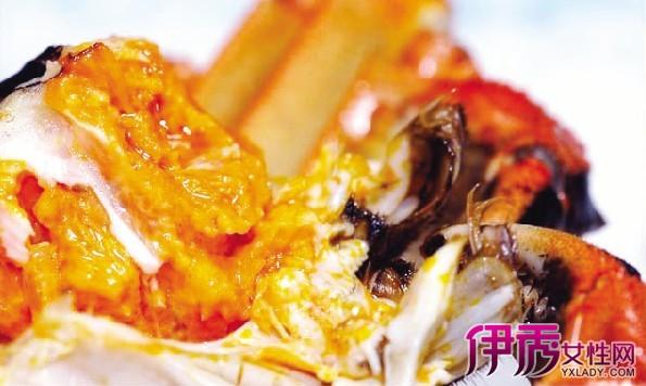 蟹黄和蟹膏是螃蟹的一个部位,公蟹和母蟹的区别.-蟹黄和蟹膏的区图片