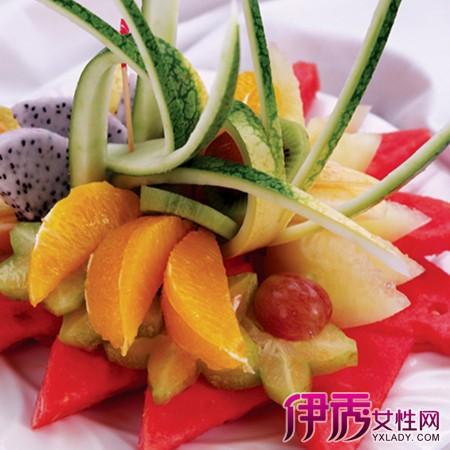 葡萄水果拼盘图片展示 做水果拼盘需要注意的事