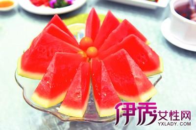西瓜果盘的做法大全 五中小花式让你完美待客