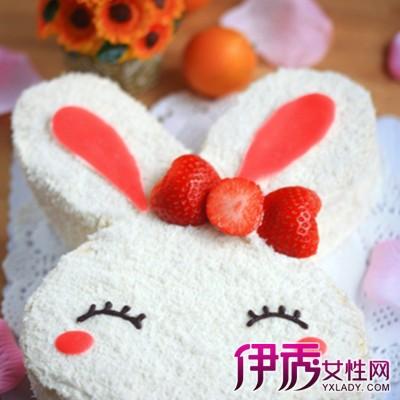 【图】兔子蛋糕图片观赏 十一步可爱蛋糕就出炉