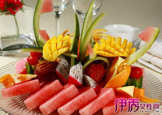 【图】简单漂亮的水果拼盘