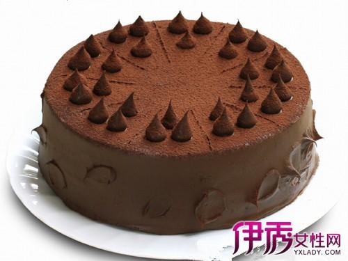 【图】介绍爱心巧克力蛋糕 让你心情愉快的甜食