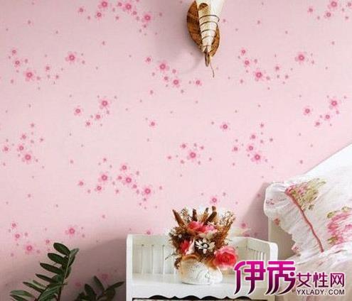 装修墙纸效果图:櫾漫的樱花背景卧室墙壁纸图片,能让许多幻想当公主