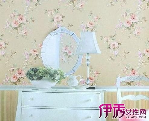 装修墙纸效果图:欧式田园风格墙壁纸图片,时尚温馨的田园风尚.