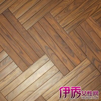 拼花实木地板的图案呈方形或其他图形,具有一定的艺术性或规律性,国内