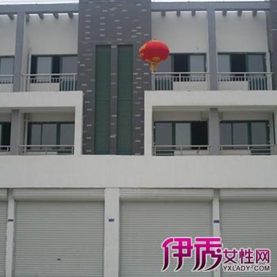四间三层门面装修包括房间设计,装修,家具布置及各种小装点.