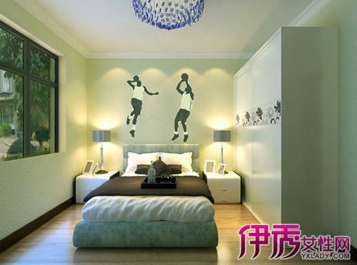符合女孩天真可爱的特点,打造甜美温馨的卧室环境;男童房可以在床头墙