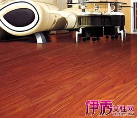 【红色地板家具搭配】【图】红色地板家具搭配颜色