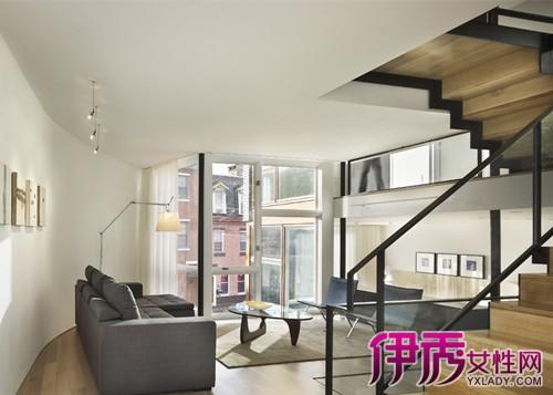 错层楼梯装修效果:错层和复式装修尽管两种房屋均处于不同层面,但复式