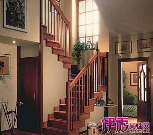 楼梯转角装修效果图 4大理由让你选择欧式转角楼梯