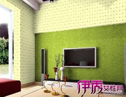 以青色硅藻泥作为电视背景墙