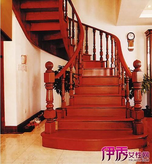 【图】u型楼梯装修效果图 时尚楼梯设计秀出盘旋曲线