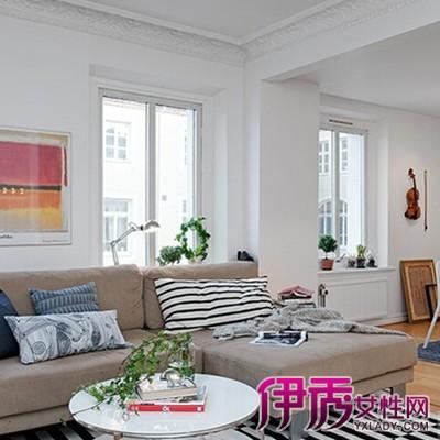石膏线效果图中采用金黄的颜色作为搭配,给整间卧室的金碧辉煌的欧式图片