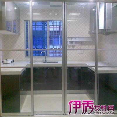 【图】厨房推拉门装修效果图 了解阻断在家居装修中的作用