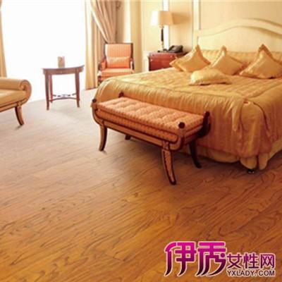 使得复合木地板还有甲醛释放;木地板使用寿命比瓷砖