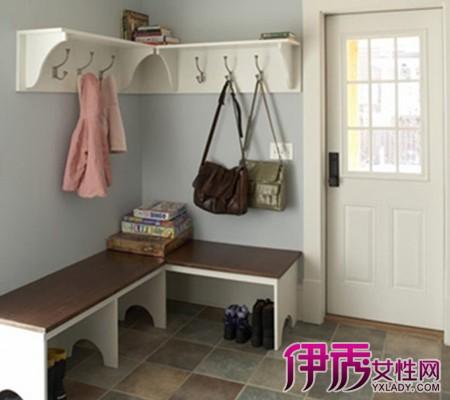 客厅鞋柜挂衣架效果图