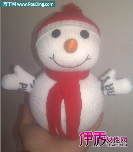 可爱的雪人袜子娃娃图片教程
