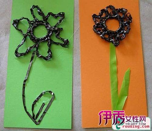 用旧磁带和购物袋制作装饰画的方法