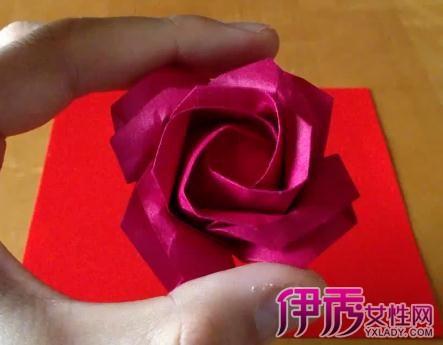 玫瑰花折纸图解步骤 耐心19步轻松搞定