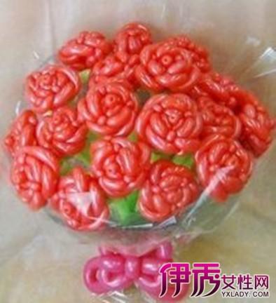 【图】气球玫瑰花造型教程怎么做 4个简单方法教给你-气球玫瑰花造型