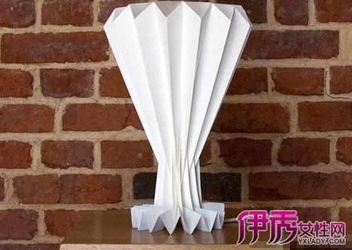 【图】用宣传单页折纸造型 几招教你造几种造型