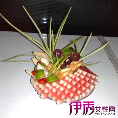 最简单果盘西瓜皮拉花