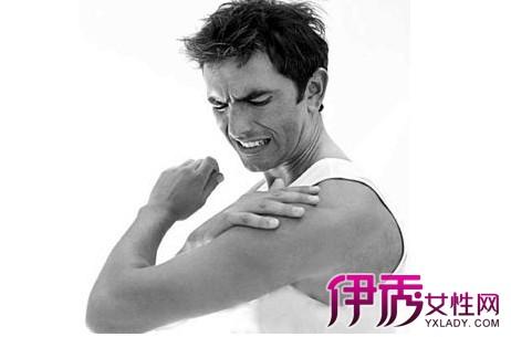 【图】导致肩膀痛的原因 为什么年轻人也出现肩膀痛的症状-肩膀痛图片